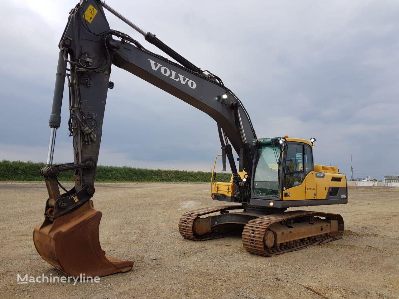 VOLVO EC250 DNL tracked excavator