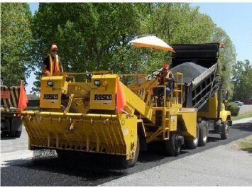 LEEBOY -TICEL 9010 wheel asphalt paver