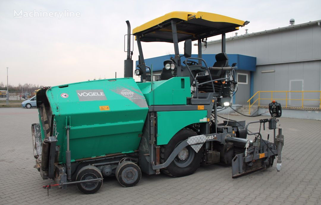 VÖGELE Super 1303 wheel asphalt paver