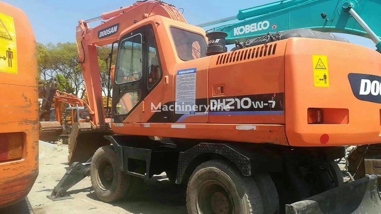 DOOSAN DH210W-7 wheel excavator