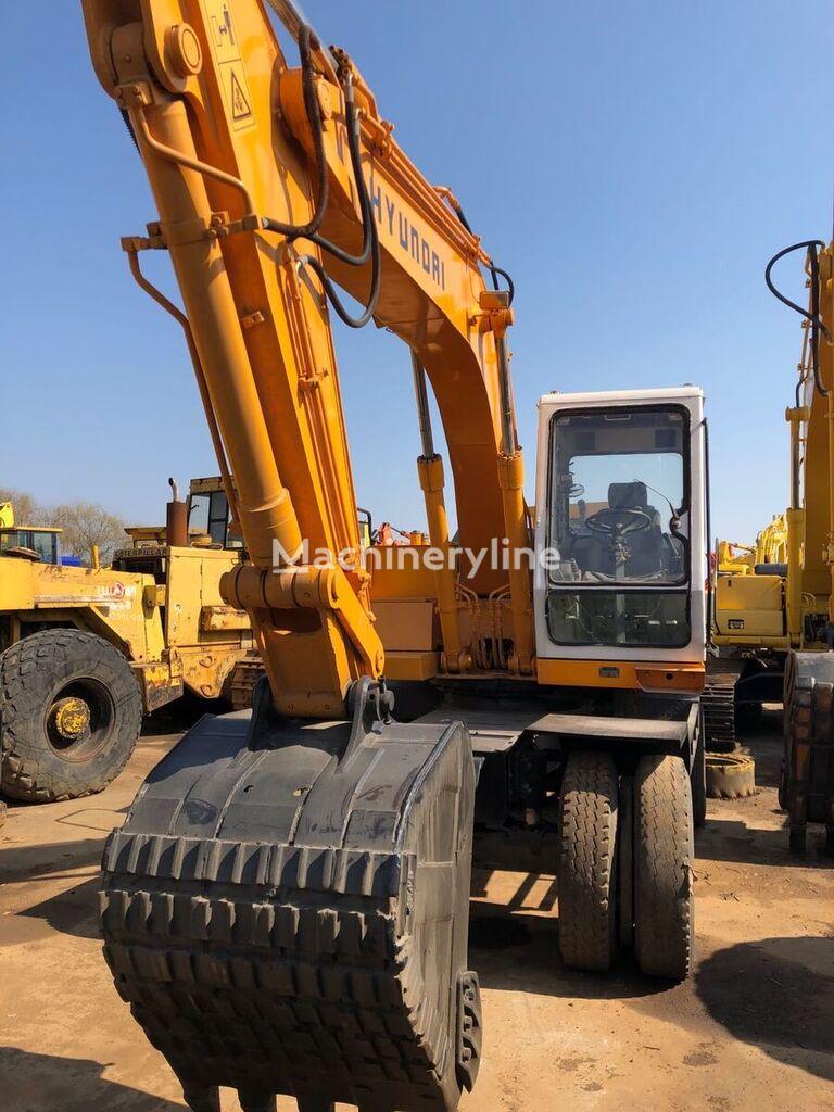 HYUNDAI 130 wheel excavator