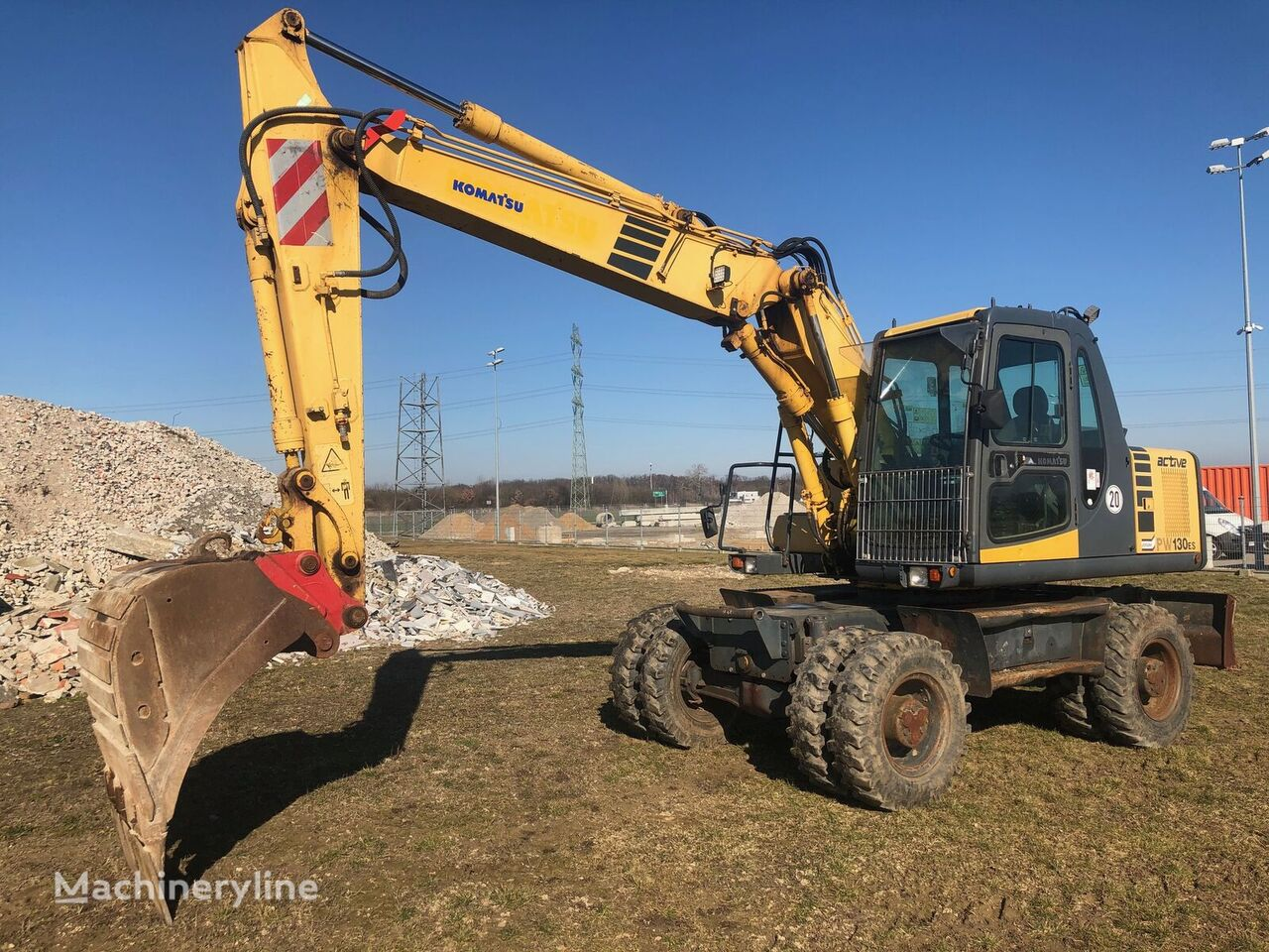 KOMATSU  PW 130 ES-6K wheel excavator