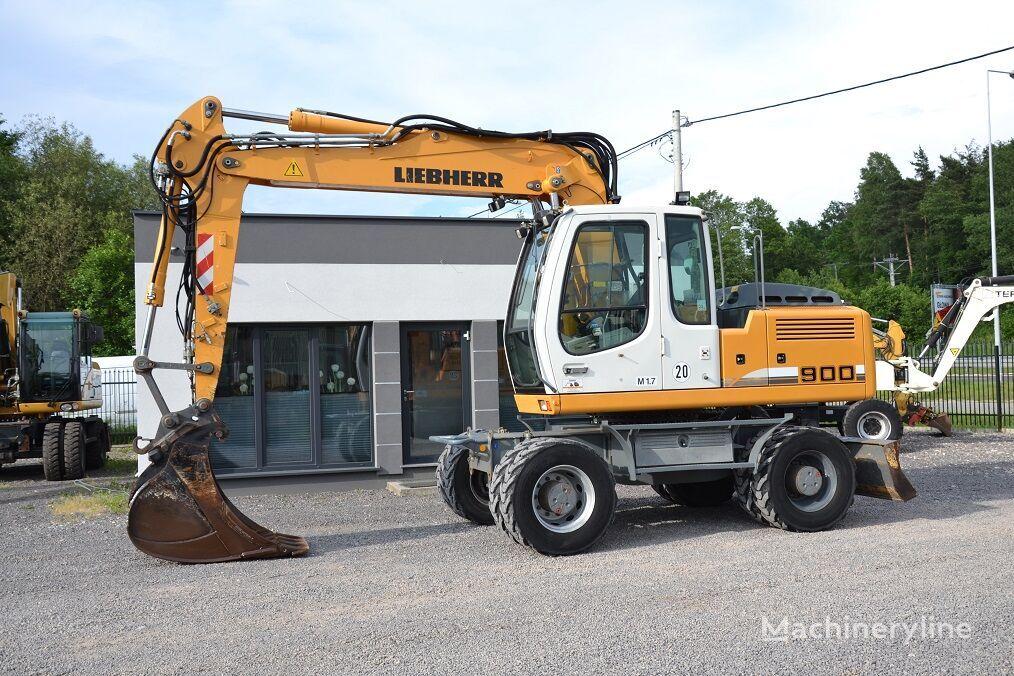 LIEBHERR 900 wheel excavator
