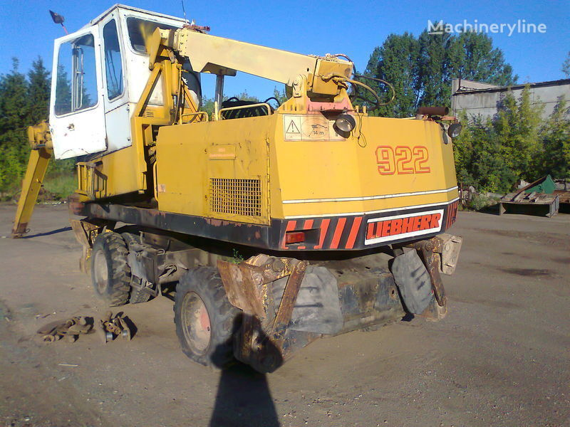 LIEBHERR 922 wheel excavator for parts