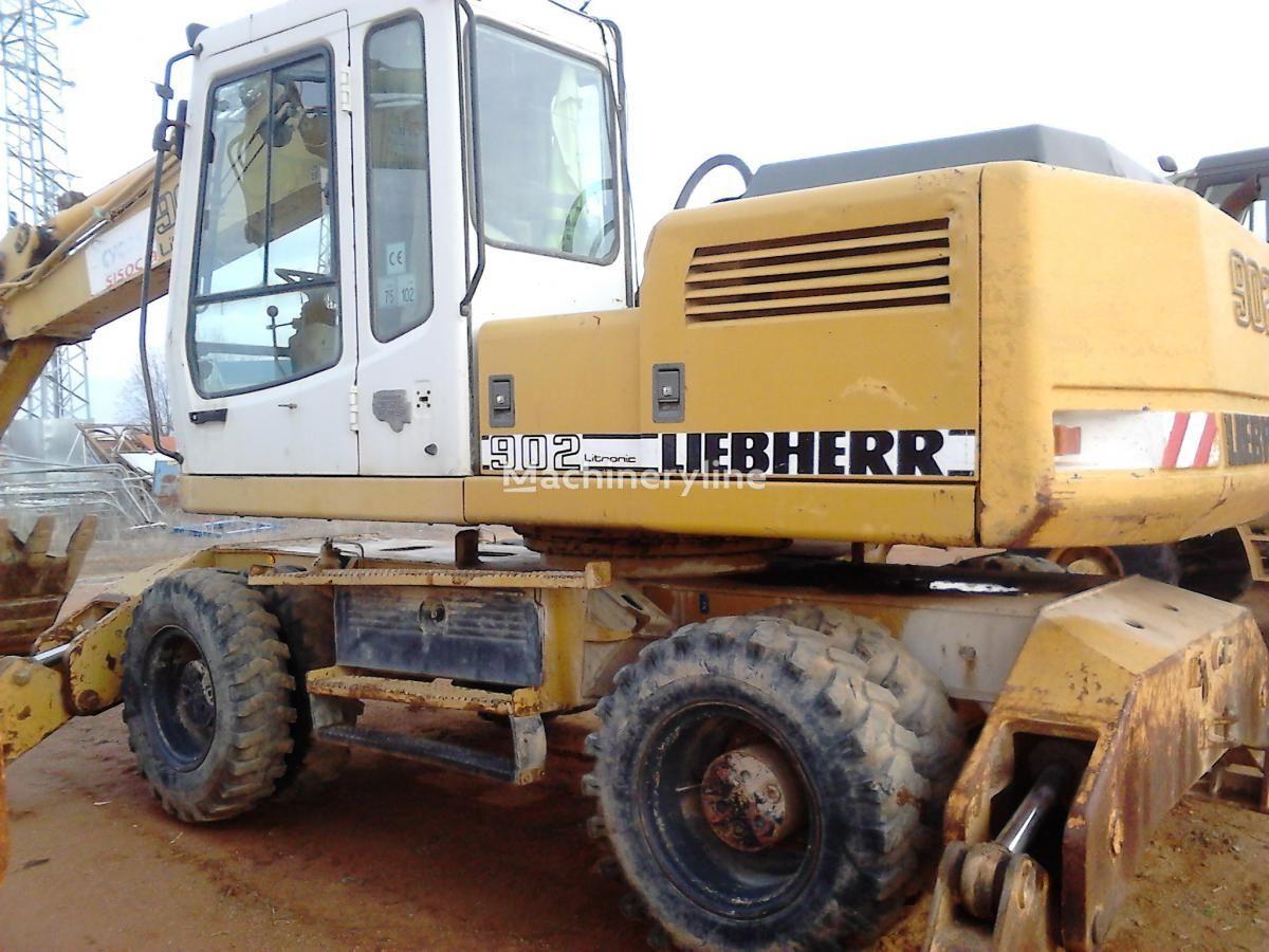 LIEBHERR A902 Litr.4P wheel excavator