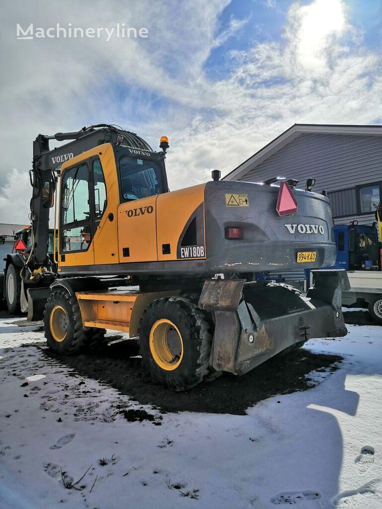 VOLVO EW 180 B (V NAYaVNOSTI) wheel excavator