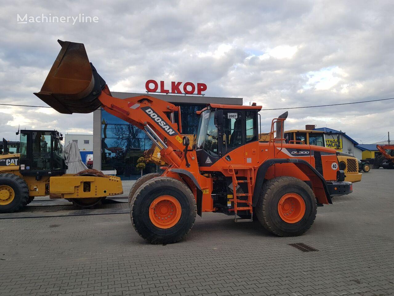 DOOSAN DL300-5 / on-board system ROADMASTER a50 / LOW HOURS  wheel loader