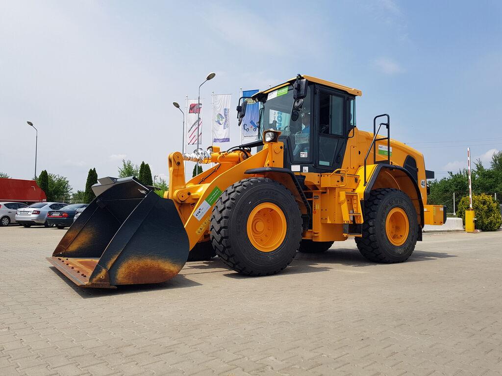 HYUNDAI HL955 wheel loader
