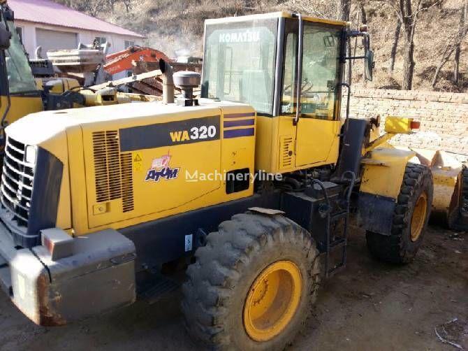 KOMATSU WA320-5 wheel loader