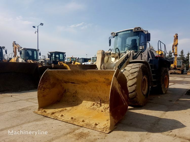 LIEBHERR L566 2plus2 wheel loader