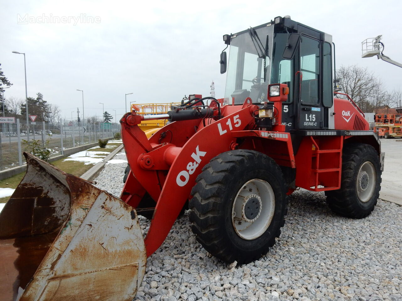 O&K L15C wheel loader