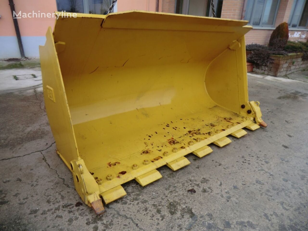 new BUCKET WITH SEGMENTS front loader bucket