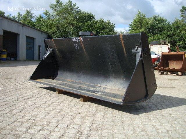 CASE 580 / 590 Bachoe loader front loader bucket