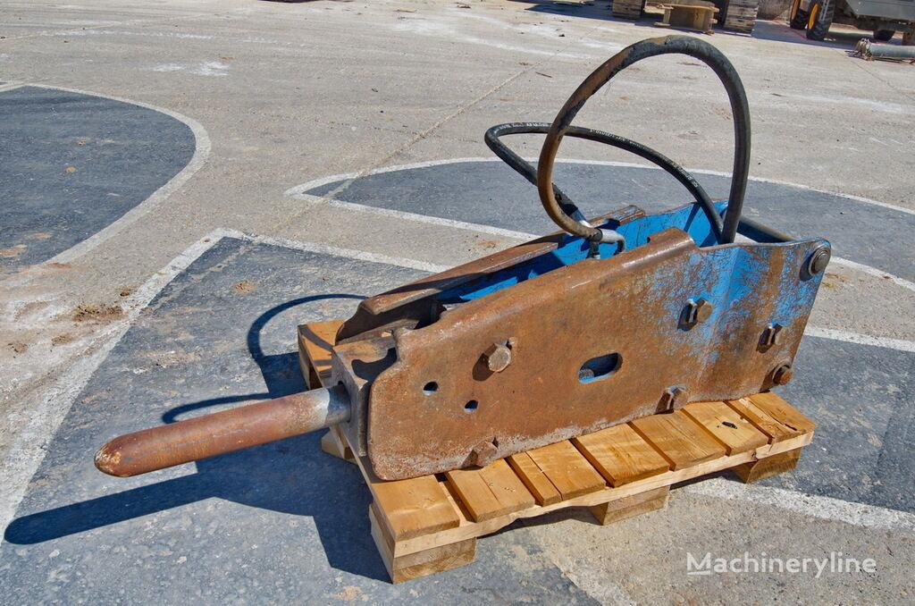OKADA OKB305 hydraulic breaker