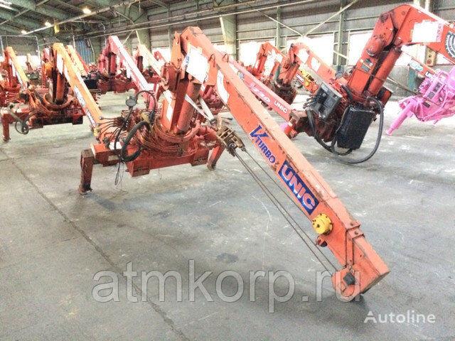 UNIC   UR20V loader crane