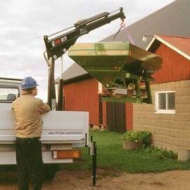 new HIAB 017 T loader crane
