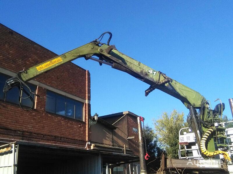 LOGLIFT F241 loader crane