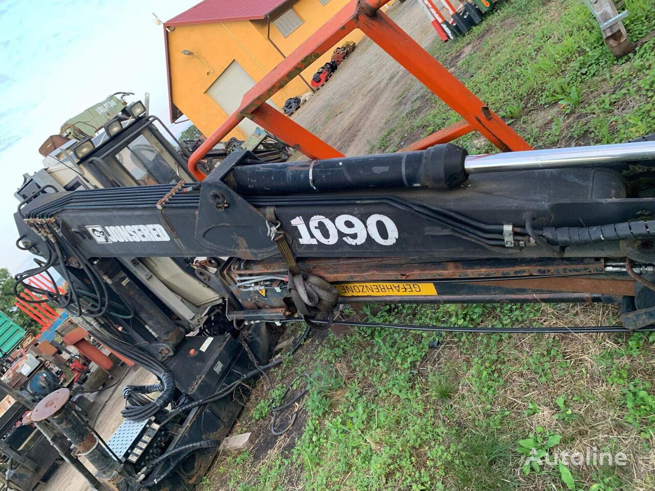 LOGLIFT Jonsered 1090 loader crane