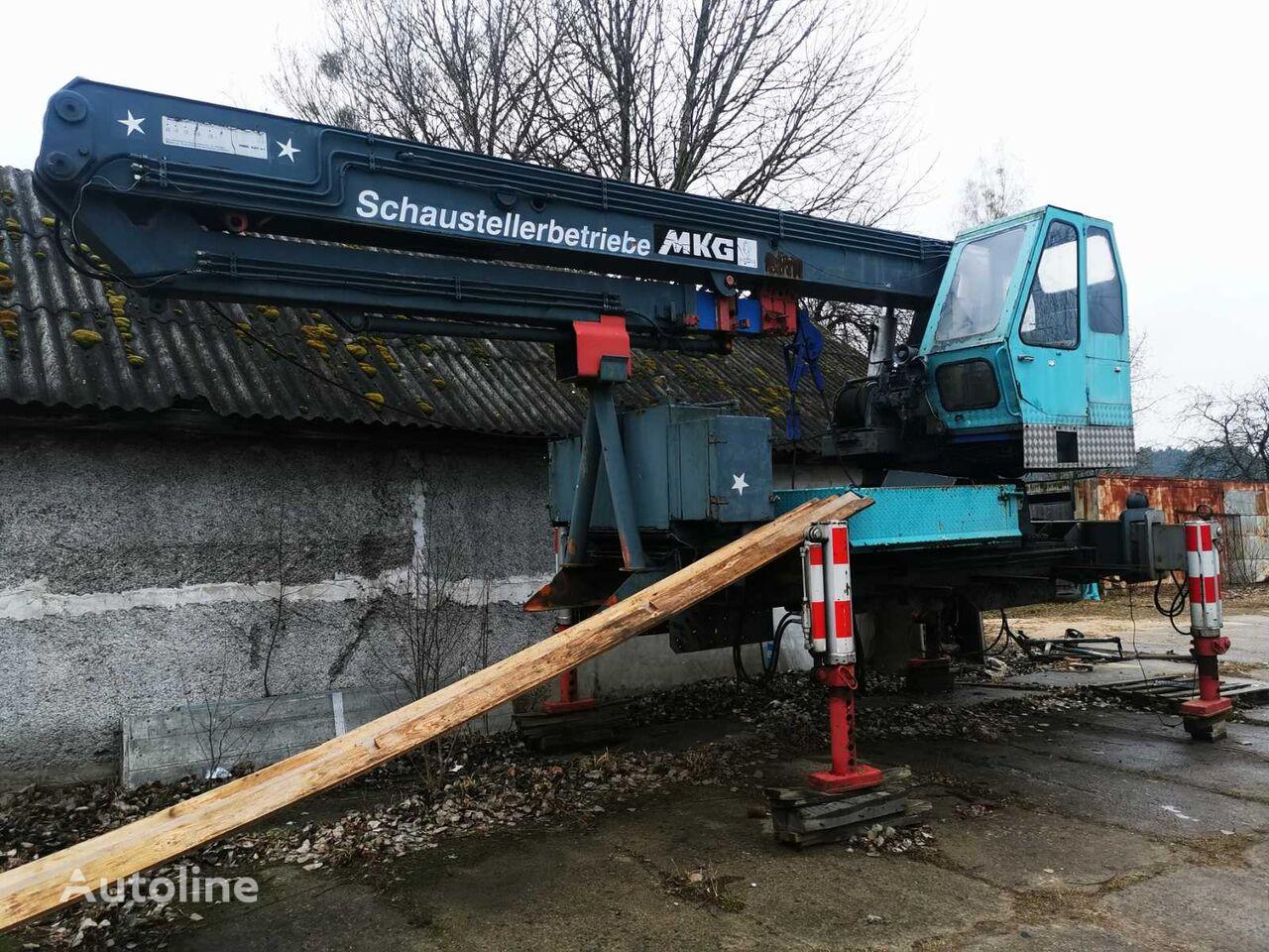 MKG 420 loader crane