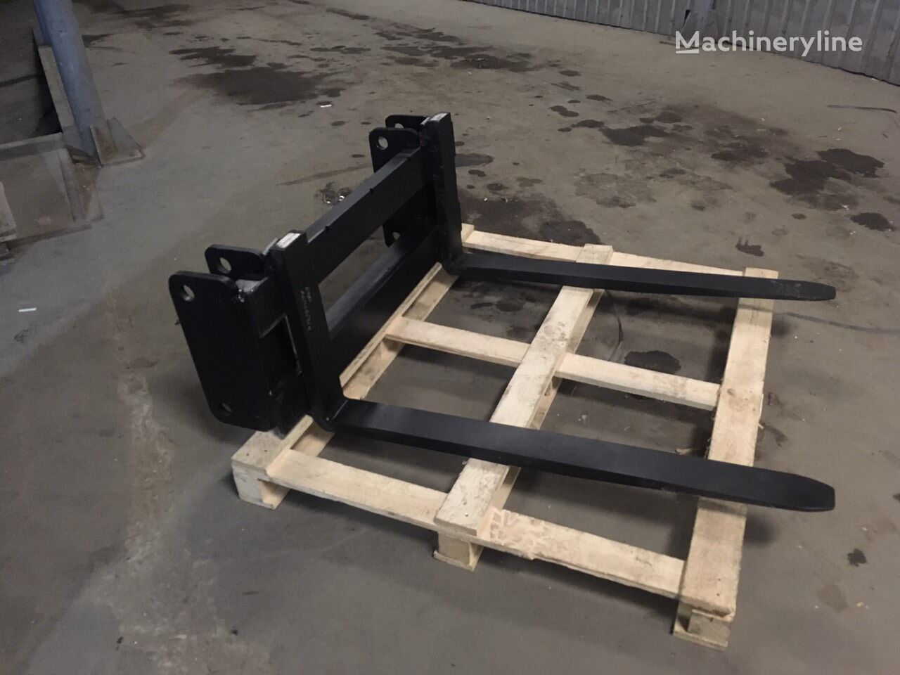 new Vily dlya pogruzchika ot 2 tonny pallet fork