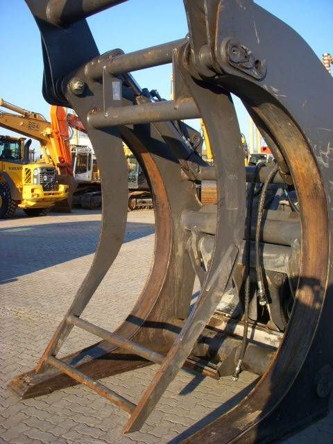 VOLVO (294) Auswerfer /ejector for wood grap model 80777 wood grapple
