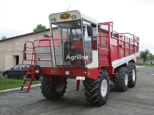 Gilles RB-300 beet harvester