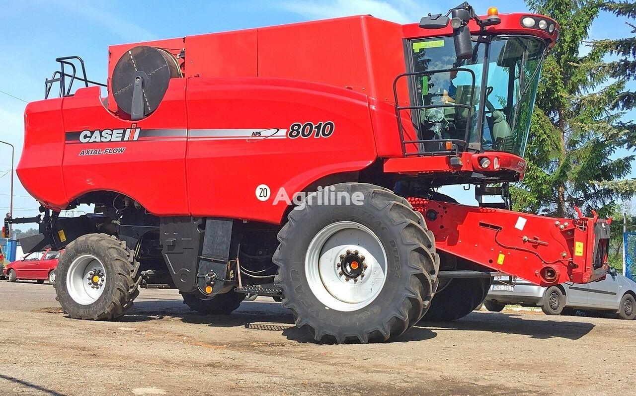 CASE IH 8010 AFX - 7,32 M combine-harvester