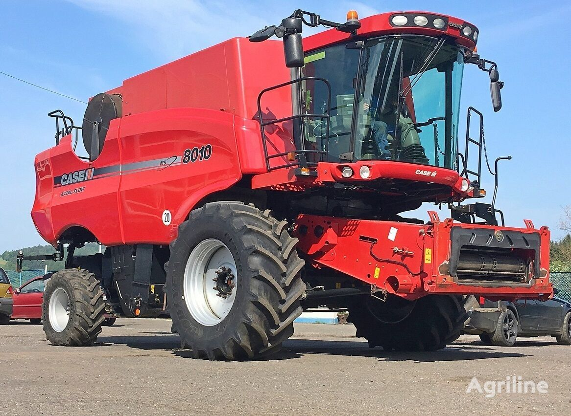 CASE IH 8010 AFX - 7,32 M + CORN POWER 8-70 CM combine-harvester