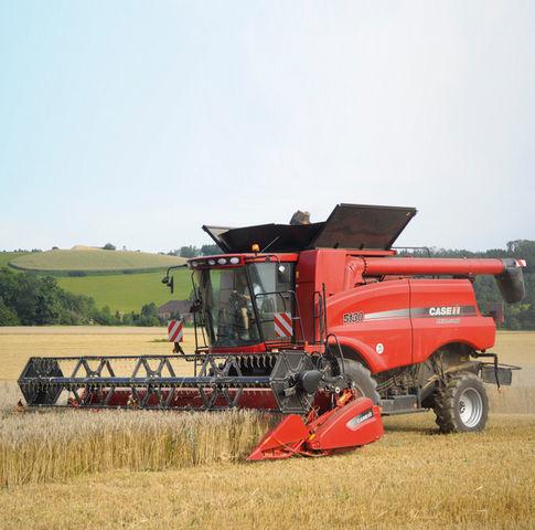 new CASE IH Axial Flow 5140 pod 1% godovyh! combine-harvester