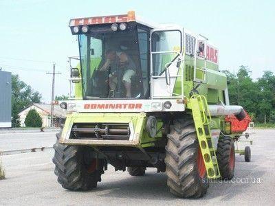 CLAAS Dominator 108 SL  combine-harvester