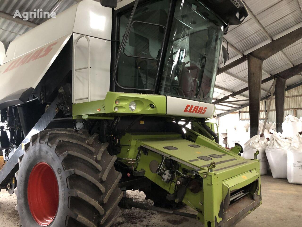 CLAAS Lexion 510 combine-harvester