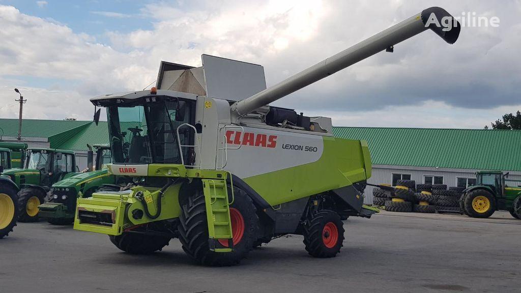 CLAAS Lexion 560 combine-harvester