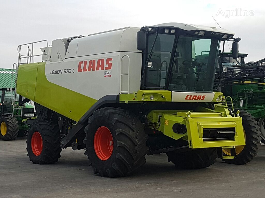 CLAAS Lexion 570 combine-harvester