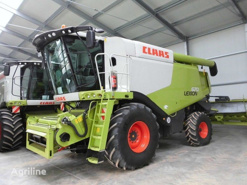 new CLAAS Lexion 670 combine-harvester