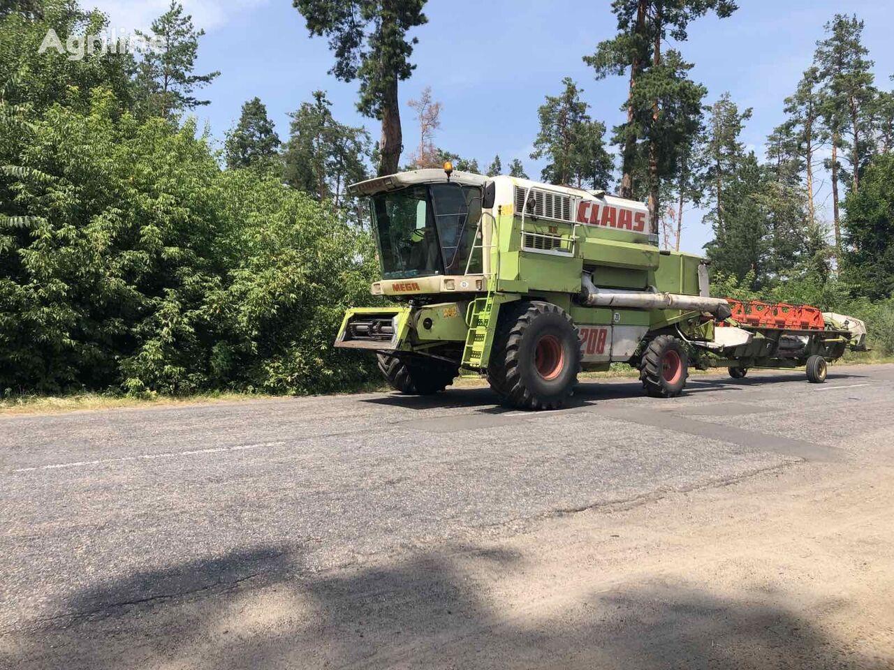 CLAAS MEGA 208 II combine-harvester