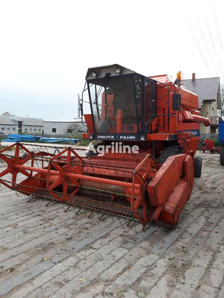 DEUTZ-FAHR M 2680 combine-harvester