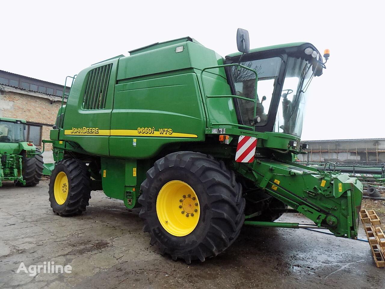JOHN DEERE 9500 WTS NA RAZBORKE combine-harvester