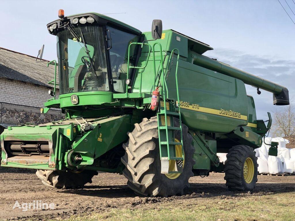 JOHN DEERE 9640 WTS combine-harvester