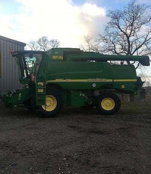 JOHN DEERE 9660i WTS combine-harvester