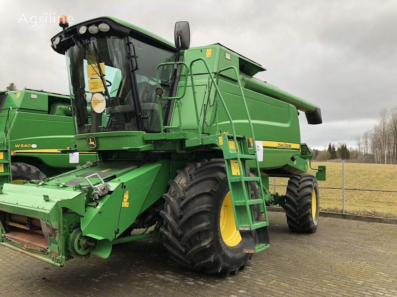 JOHN DEERE W540 combine-harvester