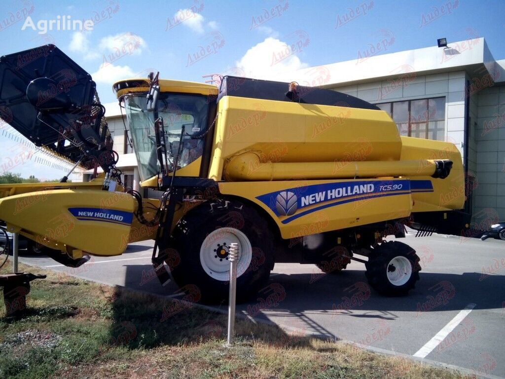 new NEW HOLLAND TC 5.90 combine-harvester