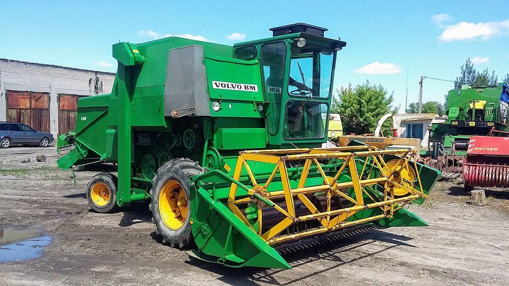 VOLVO S 830 combine-harvester