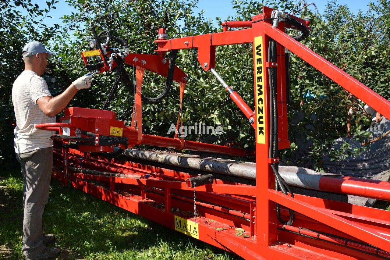 WEREMCZUK MAJA (CHERRY HARVESTER) combine-harvester