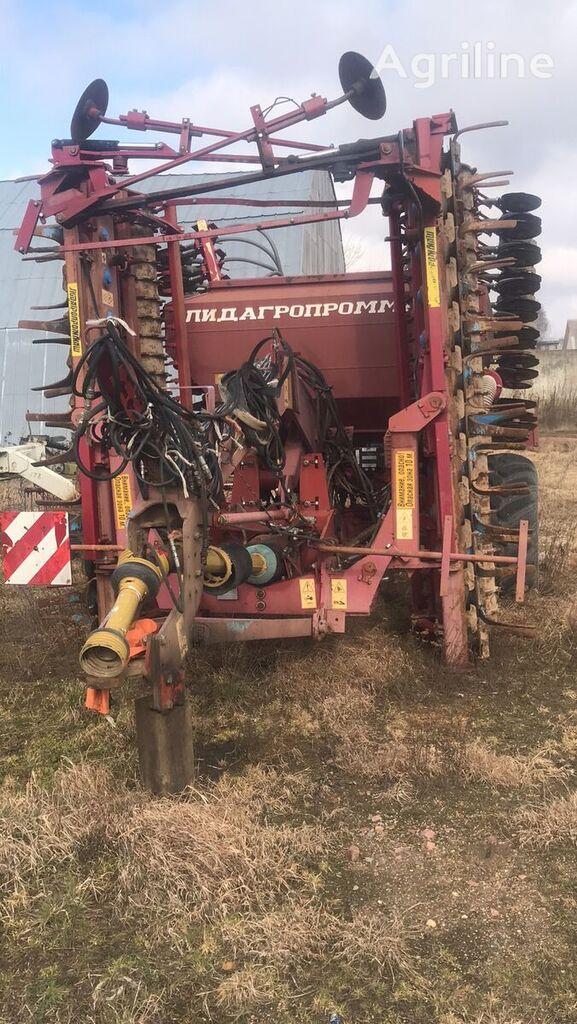 LIDSELMASH APP-6A-01 combine seed drill