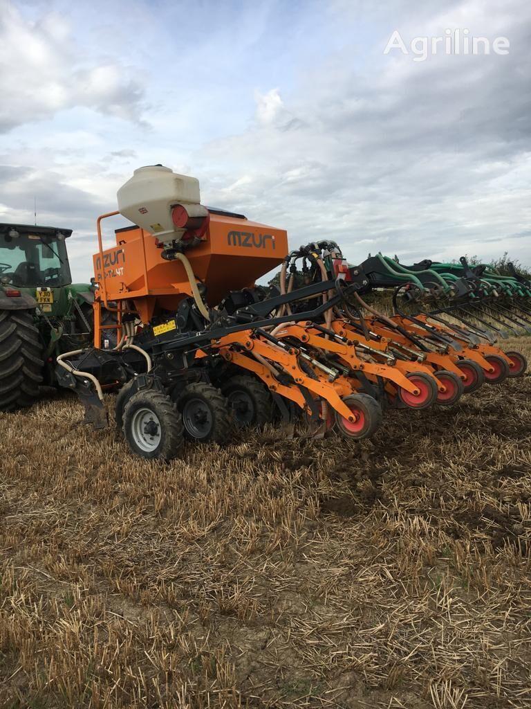 MZURI Pro-Till 4T combine seed drill