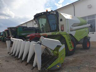 CLAAS Tucano 430 corn harvester