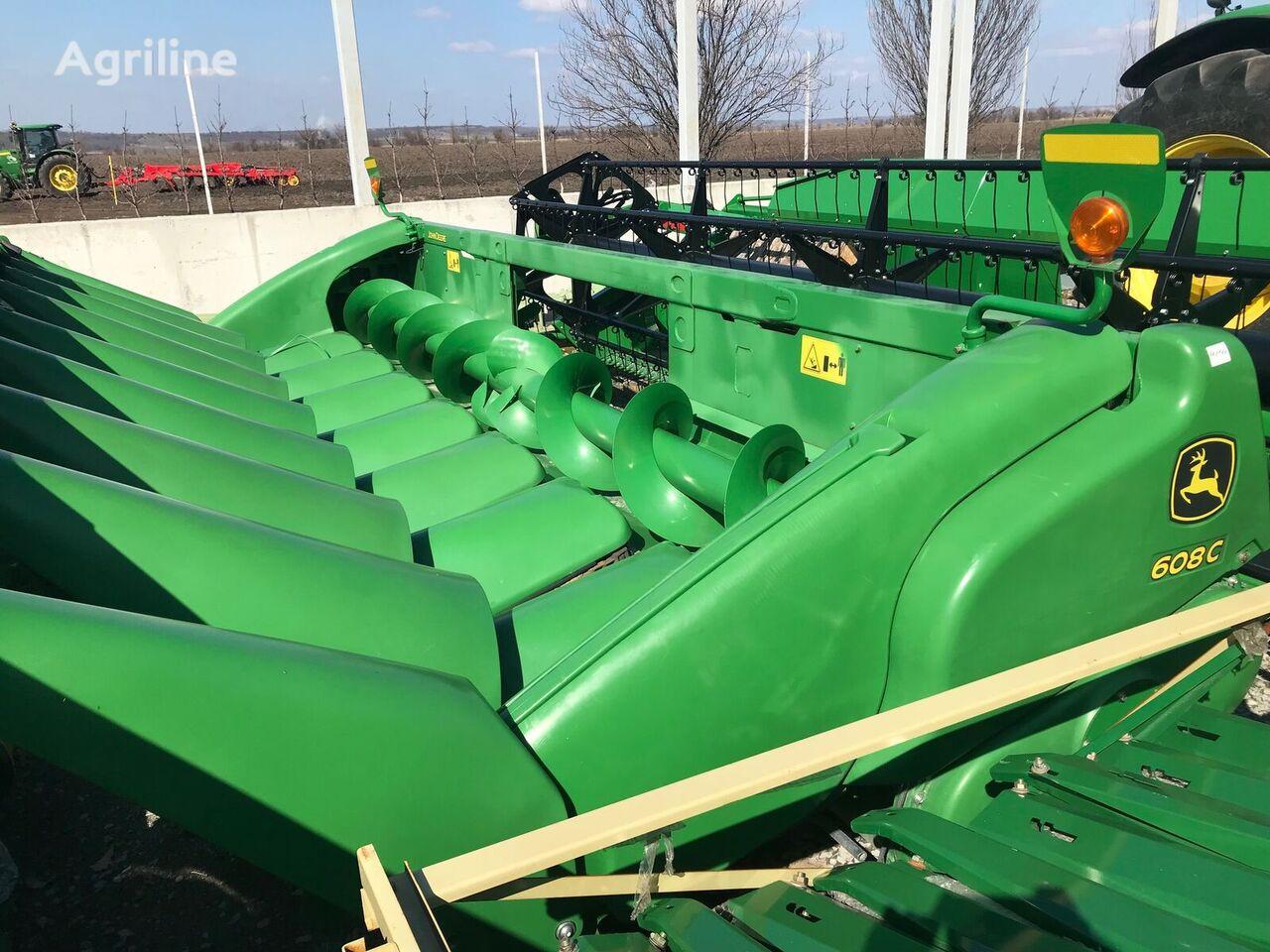 new JOHN DEERE 608C corn header