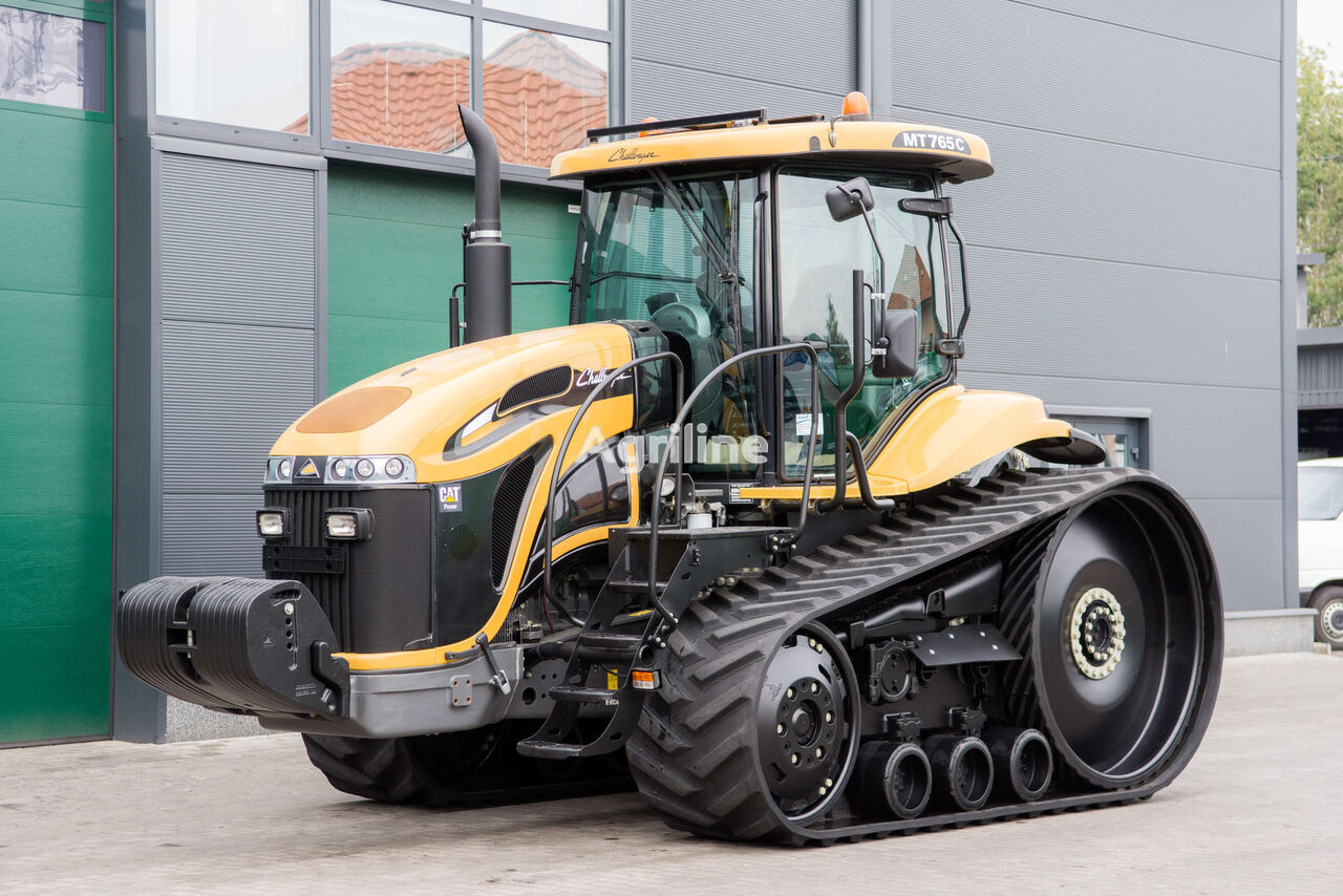 CHALLENGER MT 675 crawler tractor