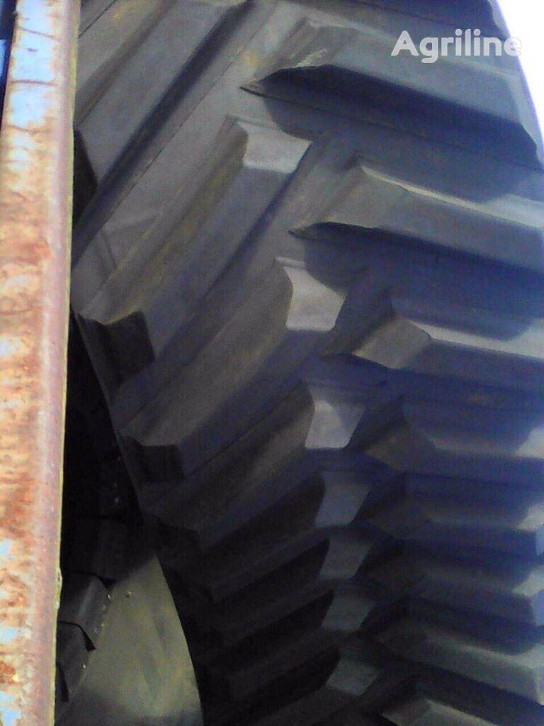 new CHALLENGER MT 765 crawler tractor