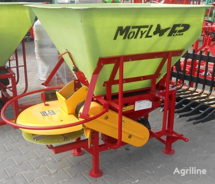 new MOTYL  POM AUGUSTÓW Düngerstreuer/ Fertilizer spreader/ Rozsiewa fertiliser spreader